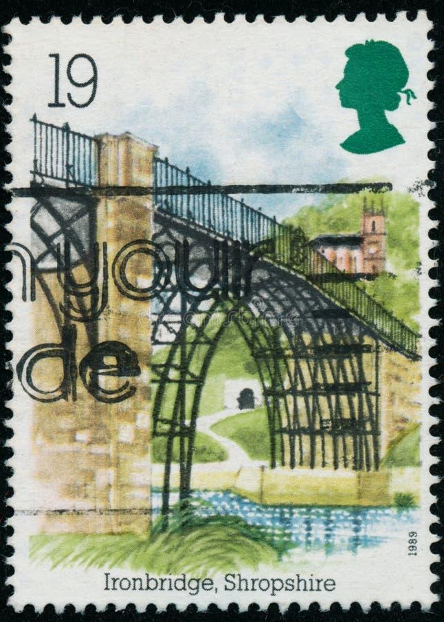 Rocznika znaczek drukujący w Wielkim Brytania 1989 pokazuje Przemysłową archeologię zdjęcia stock