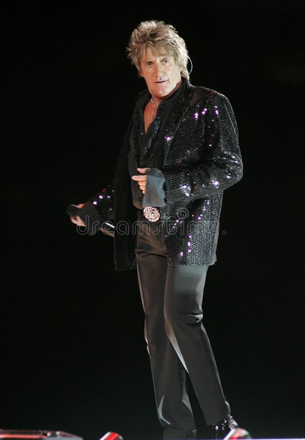 Rod Stewart exécute de concert photo stock