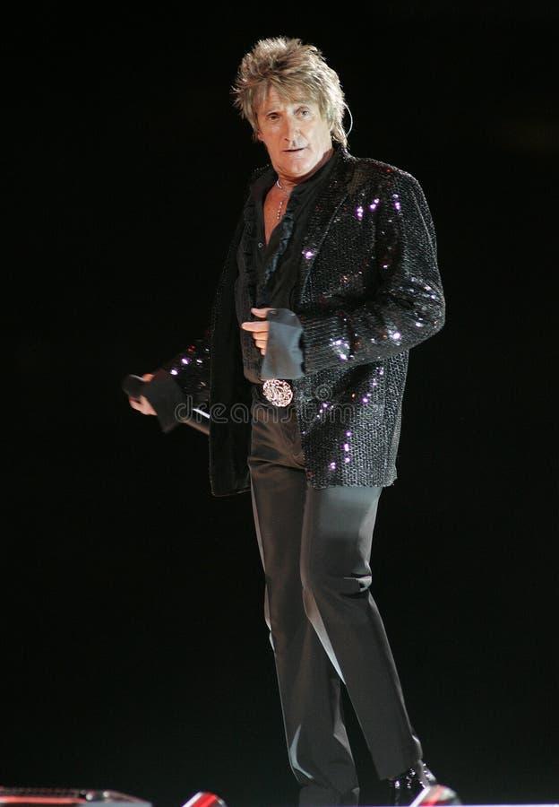 Rod Stewart executa no concerto foto de stock