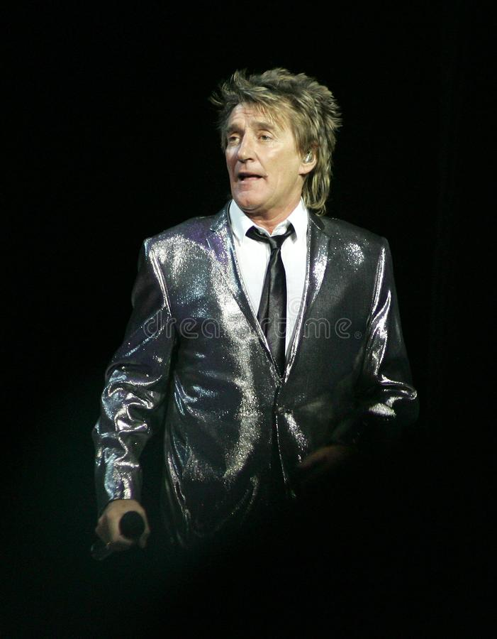 Rod Stewart executa no concerto imagem de stock royalty free