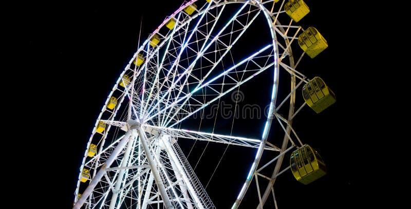 Roda colorida gigante foto de stock royalty free