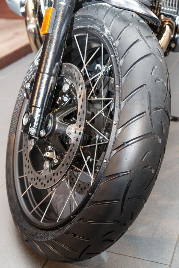 Roda completa da motocicleta do quadro imagem de stock