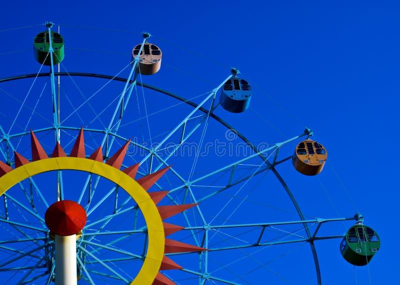 Download Roda de Ferris 3 foto de stock. Imagem de atração, carros - 12805920