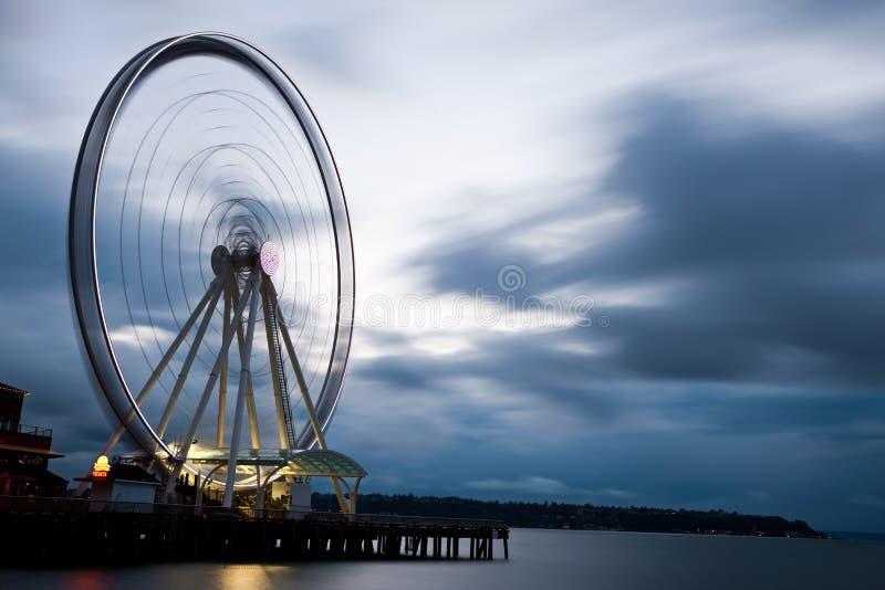 Roda de Ferris do beira-rio fotografia de stock