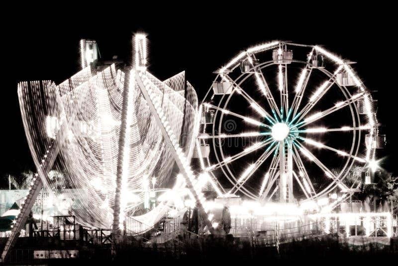 Roda de Ferris na noite imagens de stock