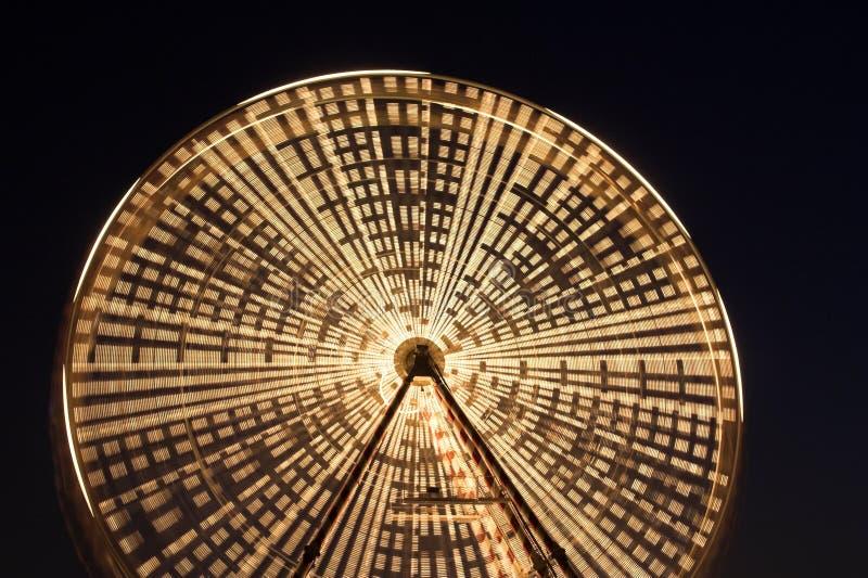 Roda de Ferris na noite fotos de stock