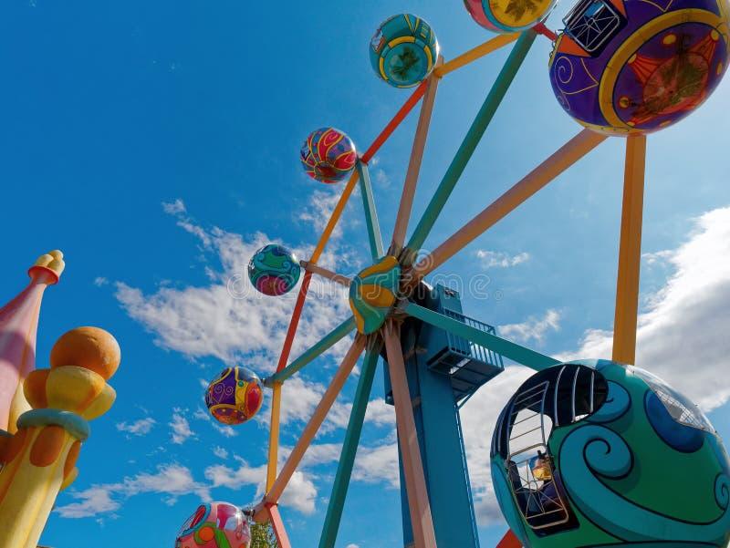 Roda de Ferris no funfair fotografia de stock royalty free