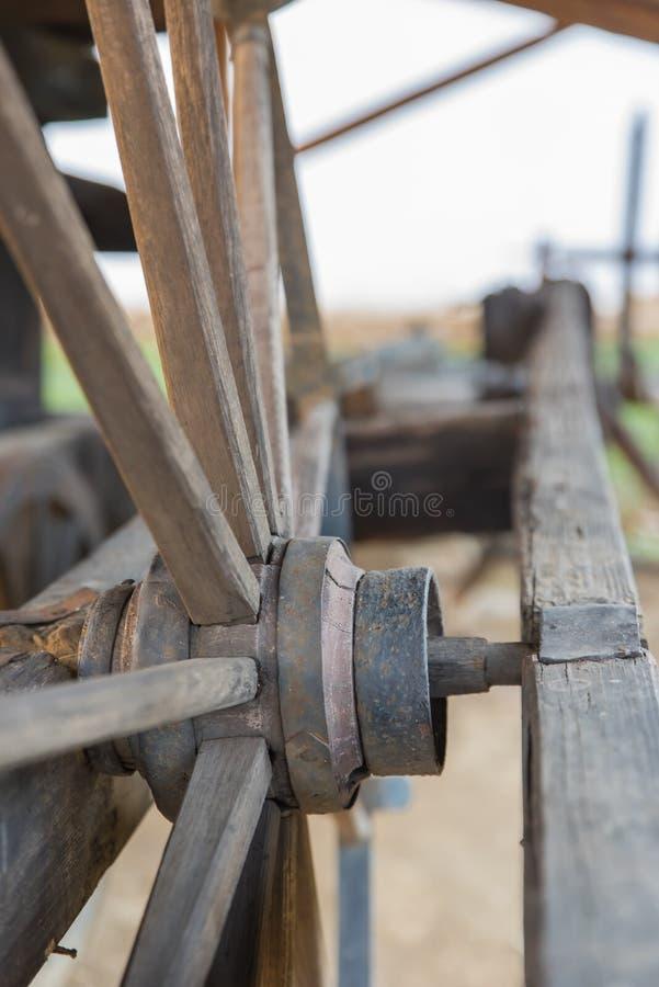 Roda de madeira fotos de stock royalty free