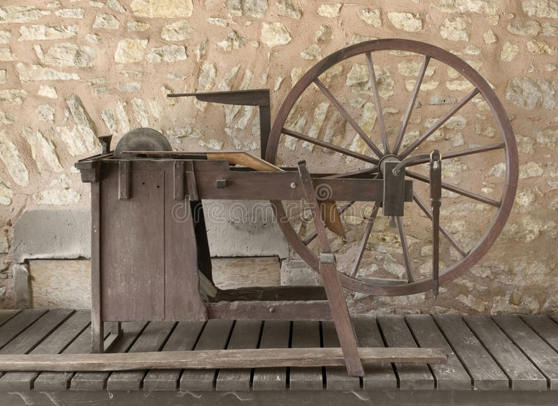 Roda de moedura histórica fotografia de stock royalty free