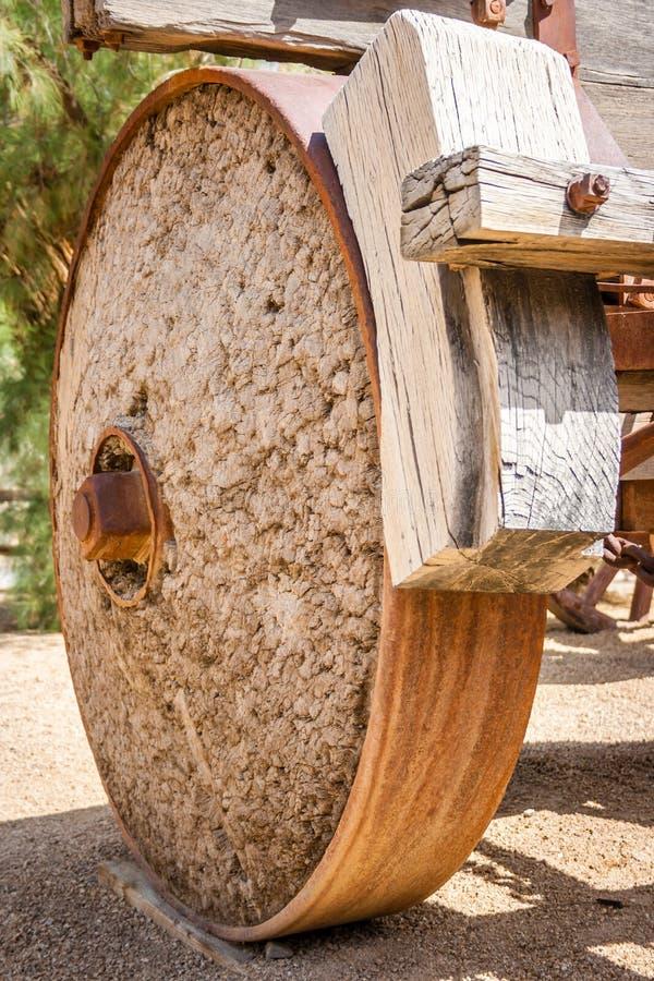 Roda de vagão ocidental velha fotografia de stock royalty free