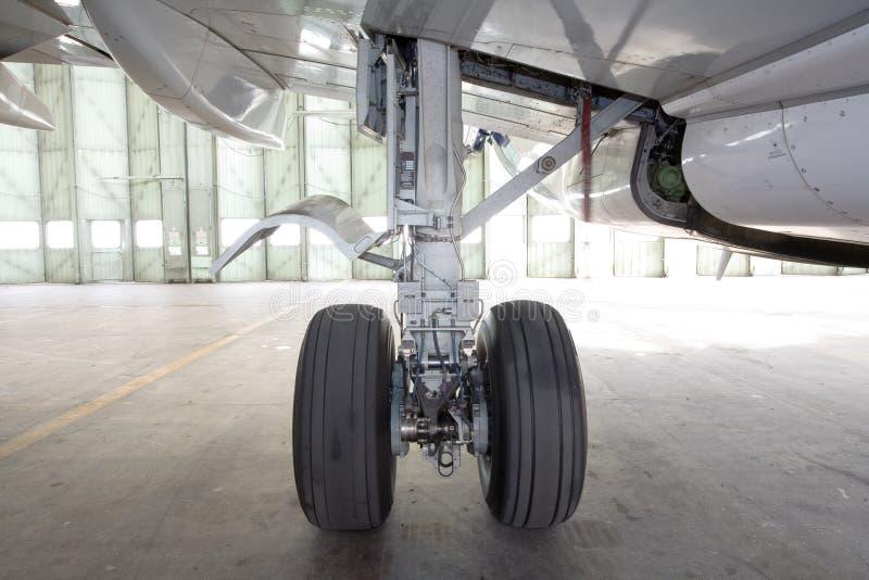 Roda dos aviões fotografia de stock