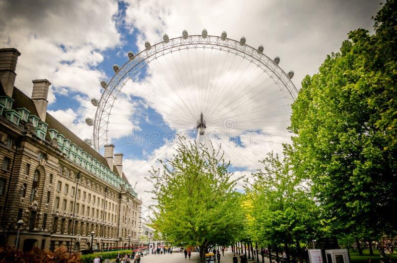 A roda panorâmico do olho de Londres foto de stock