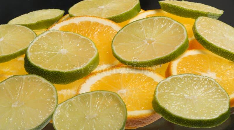 Rodajas de naranja y limon 免版税库存照片