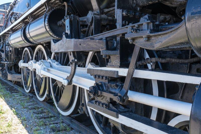Rodas da locomotiva de vapor velha fotografia de stock royalty free