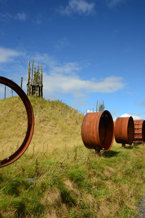 Rodas da maquinaria - regeneração do antigo local Opencast fotografia de stock royalty free