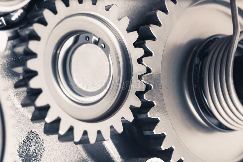 Rodas de engrenagem do motor, fundo industrial foto de stock