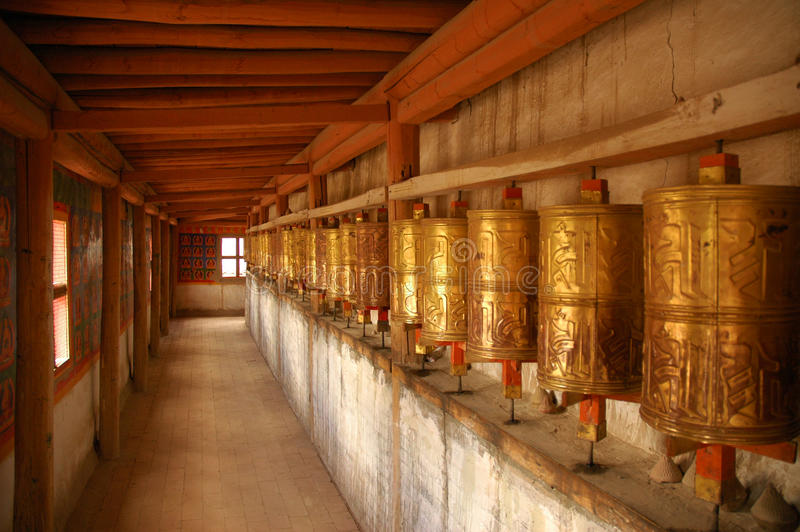 Rodas de oração. Tibet fotografia de stock royalty free