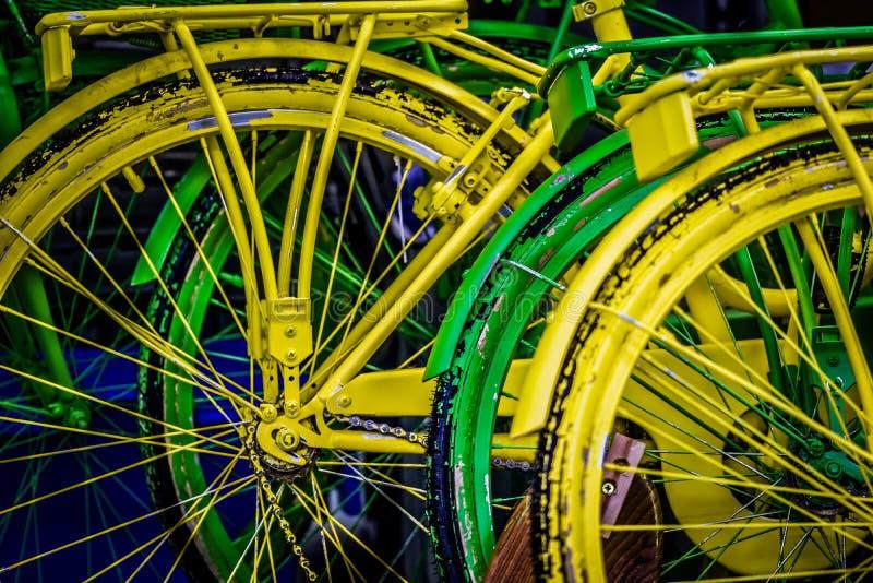 Rodas pintadas do ` s da bicicleta imagem de stock royalty free