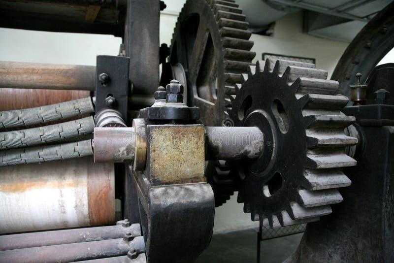 Rodas velhas da maquinaria fotos de stock