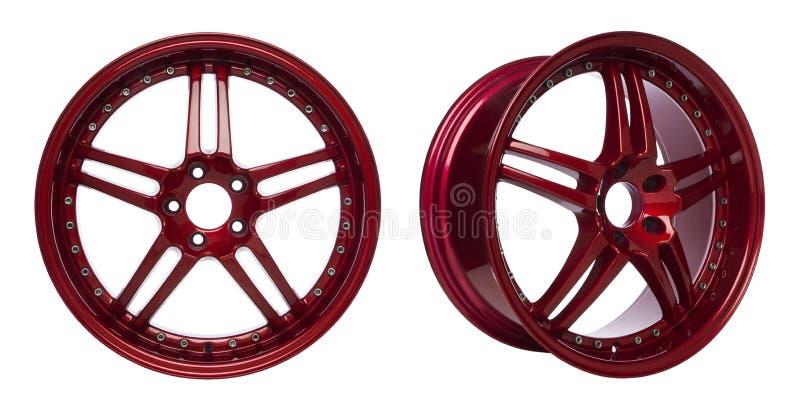 Rodas vermelhas lustrosas da liga imagens de stock royalty free