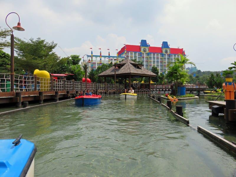 Rodd sjö på Legoland Malaysia royaltyfria foton