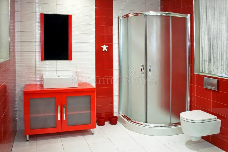 Rode badkamers royalty-vrije stock afbeeldingen