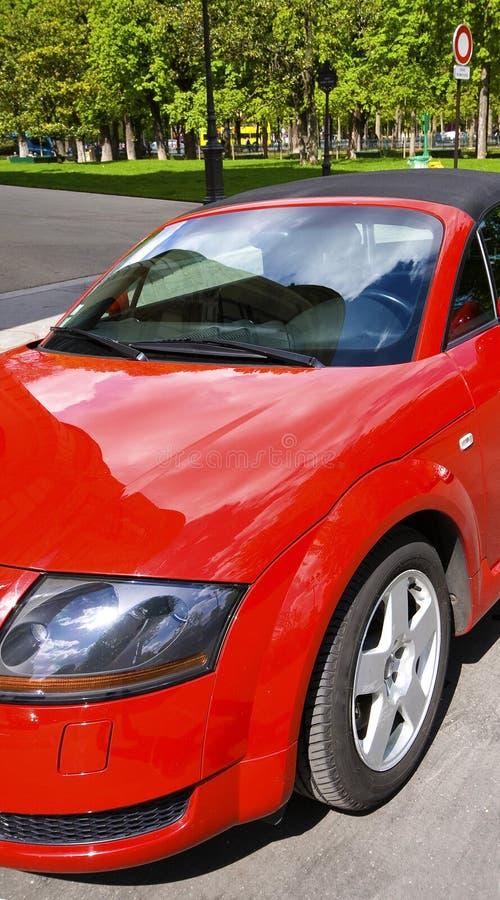 Download Rode cabriolet stock foto. Afbeelding bestaande uit auto - 29507760
