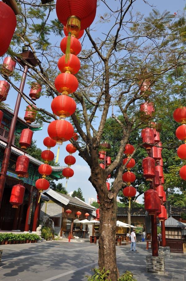 Rode Chinese lantaarn stock foto's