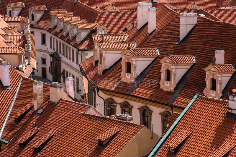 Rode daken van Praag royalty-vrije stock foto