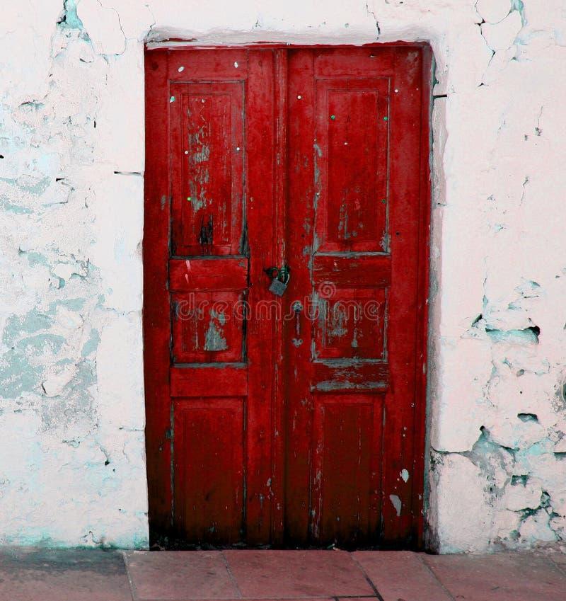 Rode deur royalty-vrije stock foto's