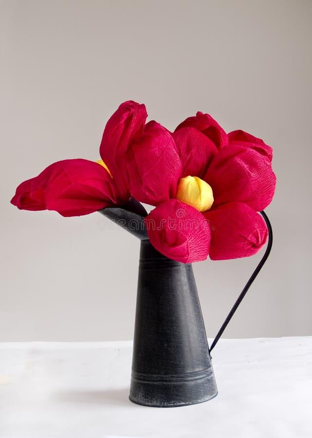 Rode document bloemen royalty-vrije stock afbeelding