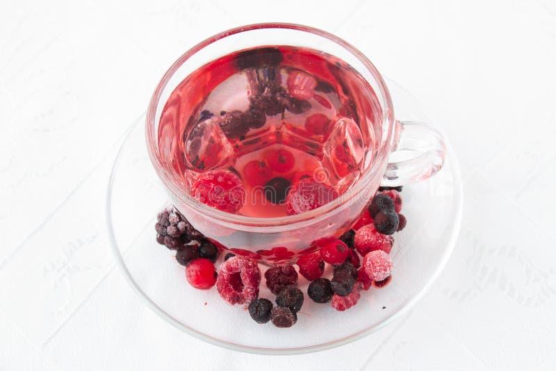 Rode drank van gemengde bessen royalty-vrije stock foto's
