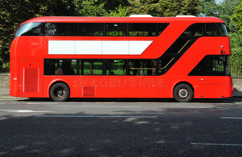 Rode dubbele dekbus royalty-vrije stock foto's