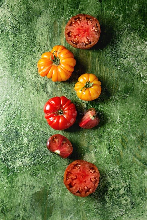 Rode en gele tomaten royalty-vrije stock foto's
