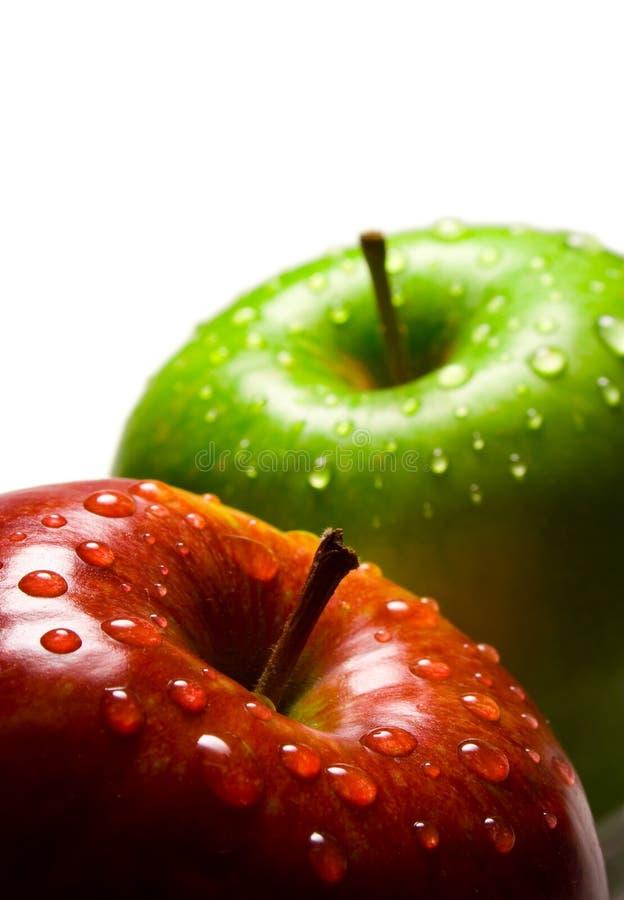 Rode en groene appelen royalty-vrije stock afbeeldingen