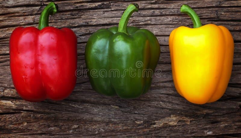 Rode, gele en groene groene paprika's royalty-vrije stock foto
