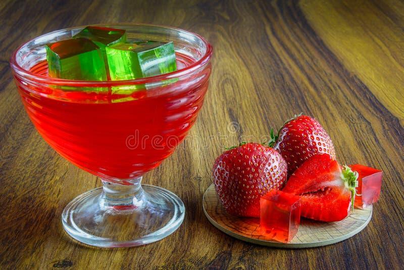 Rode gelei met fruit stock foto