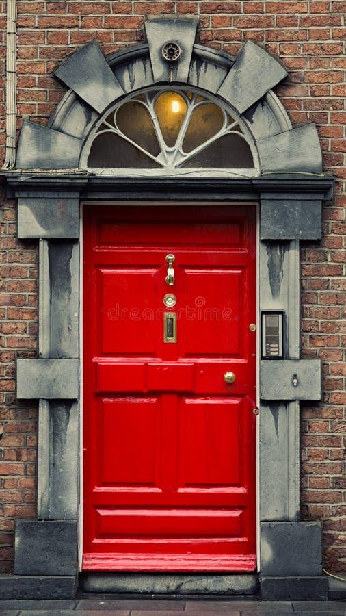 Rode Georgische deur royalty-vrije stock afbeelding