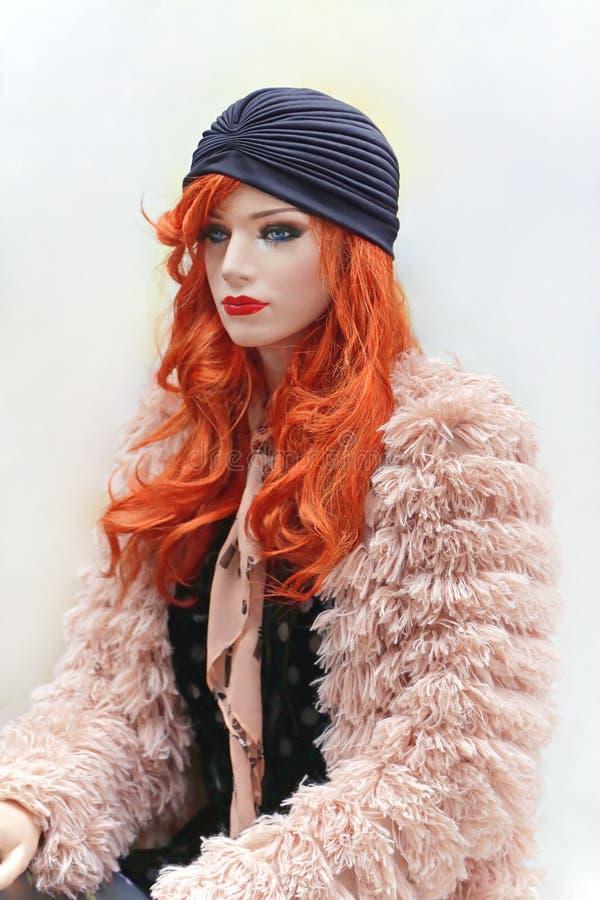 Rode Haarledenpop stock foto's