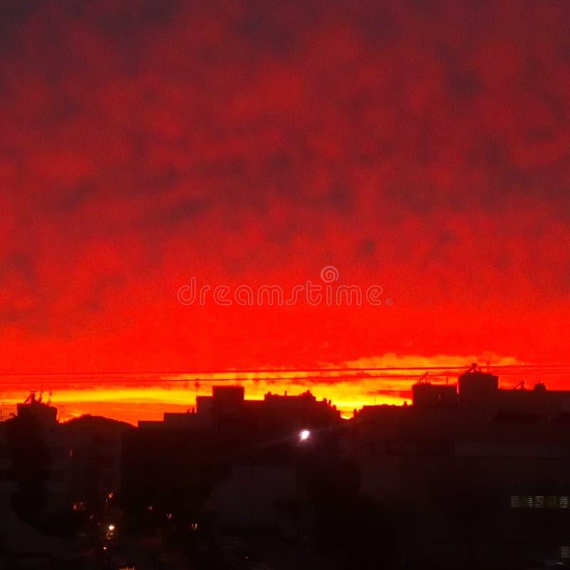 Rode hemel stock afbeeldingen