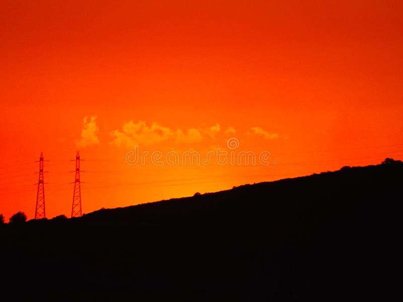 Rode hemel bij zonsondergang royalty-vrije stock afbeeldingen