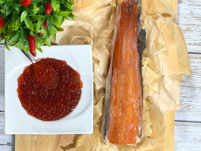 Rode kaviaar en rode vis, een delicatesse royalty-vrije stock afbeelding