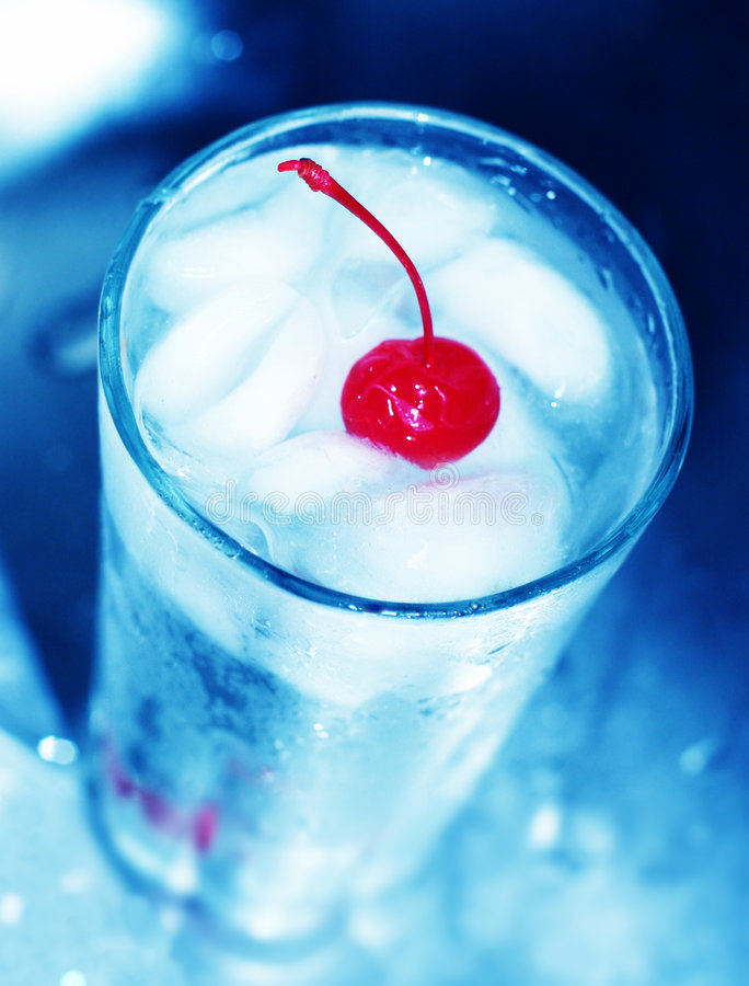 Rode kers in glas stock foto