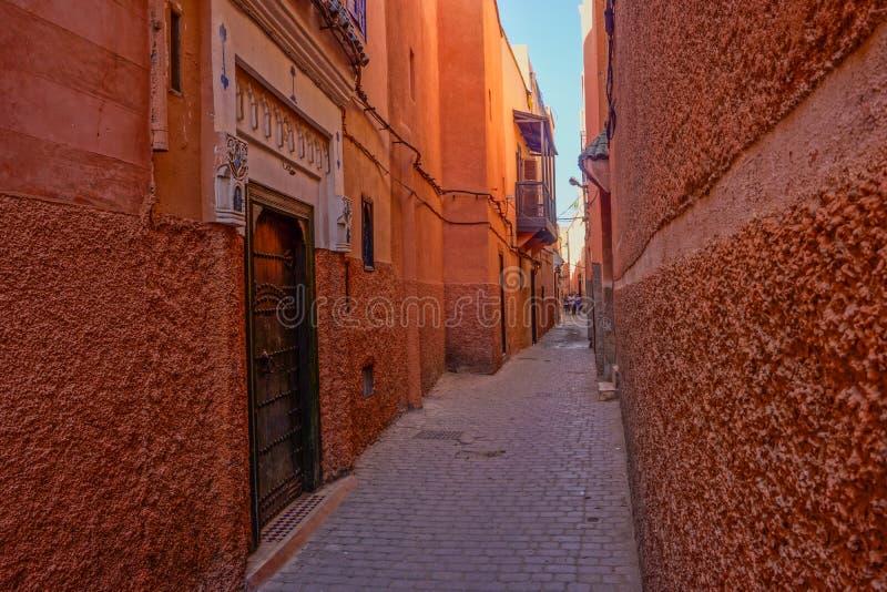 Rode medina van Marrakech, Marokko stock foto's