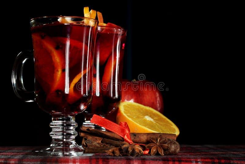 Rode overwogen wijn royalty-vrije stock afbeeldingen