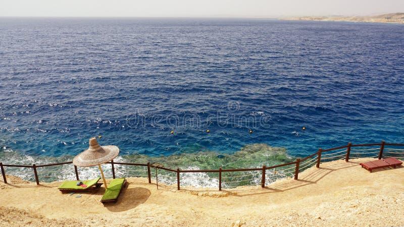 Rode Overzeese kustlijn in Sharm el Sheikh, Egypte royalty-vrije stock afbeeldingen