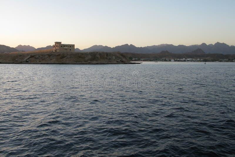 Rode Overzeese kustlijn in Sharm el Sheikh, Egypte, Sinai royalty-vrije stock fotografie
