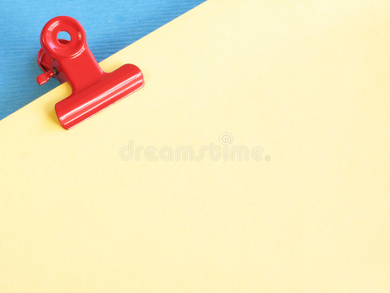Rode paperclip royalty-vrije stock foto