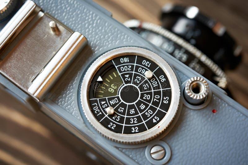 Rode para ajustar a sensibilidade do controle à câmera retro imagens de stock royalty free