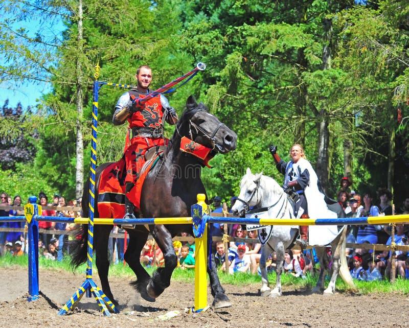 Rode ridder die de ring krijgt royalty-vrije stock afbeelding